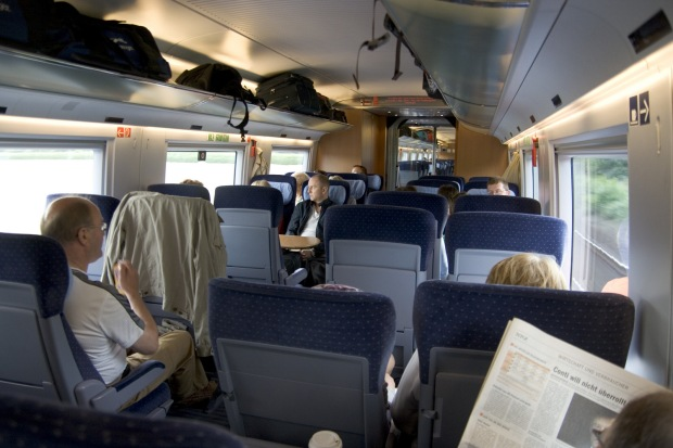 """Interior of 2nd class carriage of ICE 3 train"" by Maxim75 - Own work - Wikipedia"